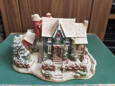 Lilliput Lane Christmas in America (519) HOME FOR THE HOLIDAYS Limited Edition | eBay