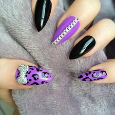 Doobys Thumb Middle Pinkie - White Gloss Swarovski Leopard Print 3D Neon Purple Gloss - 24 Hand Painted Nails Stiletto animal print Nails