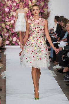 Oscar de la Renta: chic primaverile alla Fashion Week di New York