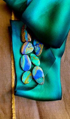 Aussie Rock Pile. Australian boulder opals. www.lauriekaiser.com