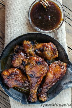 Crockpot Recipes With Chicken Legs Sticky Sweet Bacon Glazed Chicken In The Crock Pot Slow Cooker Chicken Drumsticks Recipe With Soy And Ginger Chicken Crock Pot Honey Garlic Chicken Fl. Crock Pot Slow Cooker, Crock Pot Cooking, Slow Cooker Recipes, Crockpot Recipes, Cooking Recipes, Crock Pots, Crockpot Dishes, Oven Recipes, Meat Recipes
