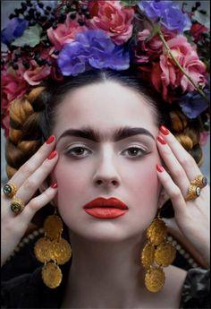Frida Kahlo by CINQ. on Behance