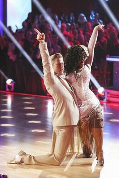 Amber Riley Dancing With the Stars Jazz Video 11/18/13 #AmberRiley
