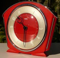 Red Bakelite Art Deco Clock***Research for possible future project.
