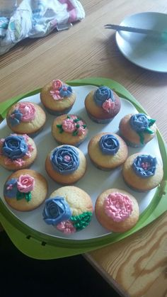 Cupcakes Cupcakes, Baking, Desserts, Food, Homemade, Pies, Bread Making, Meal, Patisserie