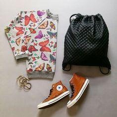 T-JOY | @Regrann from @mm_studio_ - #styling #fashion #mystyle #myfashion #mmstudiocollection #mmstudiosweatshirt #converse #esaysack #pierrelang #workwithlove❤️ - #regrann #tshirt #tjoycz #tjoy❤️ #myjoy Converse, Joy, Studio, My Style, T Shirt, Fashion, Supreme T Shirt, Moda, Tee Shirt