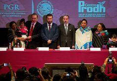 'Somos los nuevos enemigos del Estado': el espionaje a activistas y periodistas en México – Español