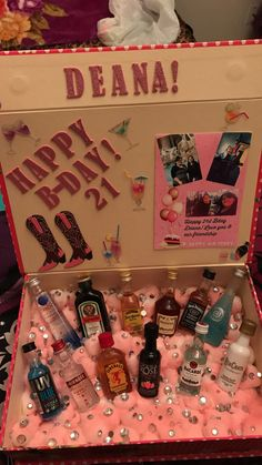 18th Birthday Present Ideas, 18th Birthday Gifts For Best Friend, 21st Birthday Basket, 21st Bday Ideas, Birthday Presents For Friends, Birthday Gift Baskets, Friend Birthday Gifts, Diy 18th Birthday Gifts, Mini Alcohol Bottles Gifts