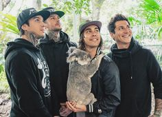 Jaime´s hair is short... Tony has no gauges... & Vic is still his short awkward person... And Mike, honestly looks the same.