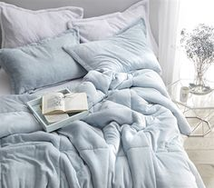 Coma Inducer Twin Xl Comforter Frosted Pacific Blue Blue Comforter Bedroom Light Blue Bedroom Blue Bedroom