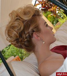 Find us on: www.facebook.com/GreatLengthsPoland & www.greatlengths.pl hair hairstyle long wedding braid up do with braid #wedding #bridal