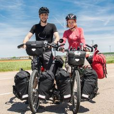 Go Bicycle touring with your soulmate. Touring Bicycles, Touring Bike, Cycling Art, Cycling Bikes, Cycling Quotes, Cycling Jerseys, Rando Velo, Bicycle Panniers, Mtb