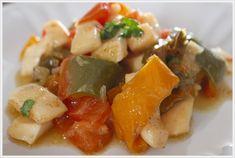 ricetta anello di calamaro ai peperoni Calamari, Pork, Fish, Carne, Ethnic Recipes, Sweet, Cooking, Kale Stir Fry, Candy