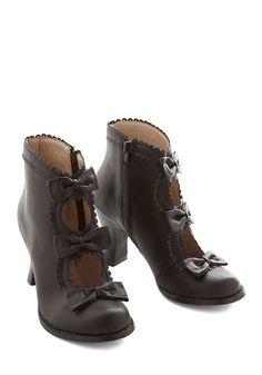 Boots & Booties - Powerful Protagonist Bootie in Black