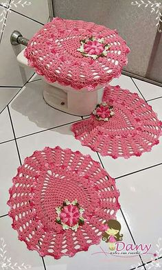 Bath Crochet Patterns Part 10 - Beautiful Crochet Patterns And Knitting Patterns - Diy Crafts - DIY & Crafts Crochet Dishcloths, Crochet Doilies, Crochet Flowers, Bathroom Crafts, Bathroom Sets, Crochet Home, Knit Crochet, Knitting Patterns, Crochet Patterns