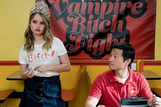 'Insatiable' - 20 Gifts Netflix Gave Us This Year - Photos Series Movies, Movies And Tv Shows, Tv Series, New Mexico, Insatiable Netflix, Jennifer's Body, Love Simon, Get A Boyfriend, Debby Ryan