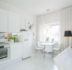 My white city apartment - Adalmina's Secret