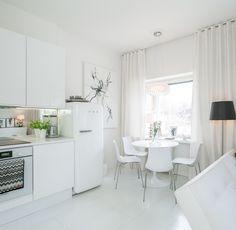 My white city apartment - Adalmina's Secret
