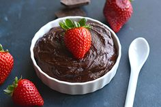 Crush your sugar craving with this luscious, dark chocolate pudding recipe.This healthy pudding is made with only six wholesome ingredients. Dessert Dishes, Paleo Dessert, Healthy Dessert Recipes, Gluten Free Treats, Gluten Free Desserts, Just Desserts, Keto Desserts, Low Sugar Recipes, Allergy Free Recipes