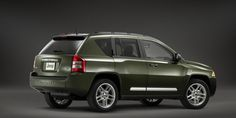 """The 2013 Jeep Compass.. the most fuel-efficient 4x4 SUV in Canada with Best-In-Class maximum cargo volume and rear seat legroom. The 2.0L I-4 DOHC 16V Dual VVT engine now offers an estimated 43mpg hwy. See Brian McFarlane at Woodstock Chrysler and find out about """"Go Anywhere..Do Anything"""" Jeep Trail Rated Vehicles"""