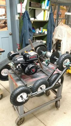 This Pin was discovered by Jef Homemade Tractor, Velo Cargo, Diy Go Kart, Karts, Drift Trike, Cool Robots, Diy Tank, Pedal Cars, Small Engine