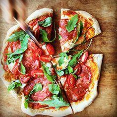 Pizza orkiszowa | Kwestia Smaku Vegetable Pizza, Hamburger, Food Porn, Lunch, Snacks, Dinner, Vegetables, Eat, Cooking
