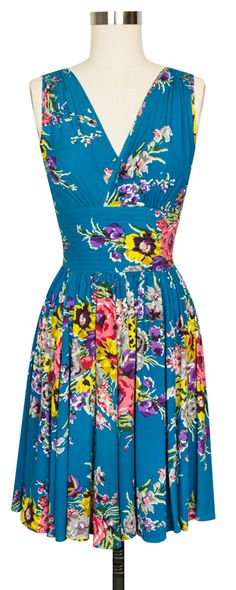 The classic Doris Dress got a twist with the new Trashy Diva Doris Middy Dress in Turquoise Floral!