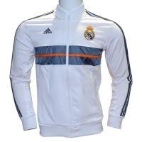 Nueva chaqueta deportiva que utilizara el Real Madrid para el Himno antes del comienzo de cada partido de la temporada 2013-2014 en liga. http://www.deportesmena.com/articulos-real-madrid/2791-chaqueta-real-madrid-2013-2014.html