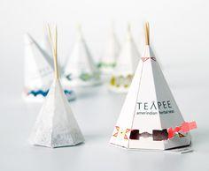 Genial diseño para bolsitas de té inspirado en casas nativo-americanas.