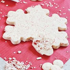 Snowflake Bark Chocolate Mold  $3.00 http://www.fancyflours.com/product/snowflake-bark-mold/Shop-by-Christmas-party-theme