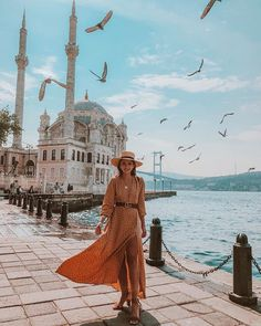 Memories from Istanbul. It was a short stay but I'm sure I'll get to see i. - Travel Outfits : Memories from Istanbul. It was a short stay but I'm sure I'll get to see i. Turkey Vacation, Turkey Travel, Travel Pictures, Travel Photos, Alexandra Pereira, Istanbul Travel, Summer Work Outfits, Travel Inspiration, Travel Ideas