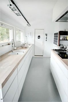 Apartment: Modern Architecture and Scandinavian Interior Design of A Bright Apartment 138 Awesome Scandinavian Kitchen Interior Design Ideas Ikea Galley Kitchen, White Galley Kitchens, Galley Kitchen Design, Galley Kitchen Remodel, Kitchen Layout, Rustic Kitchen, Interior Design Kitchen, Kitchen Renovations, Kitchen Decor