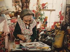 Maud Lewis painting fetches nearly $37K at Toronto auction ...