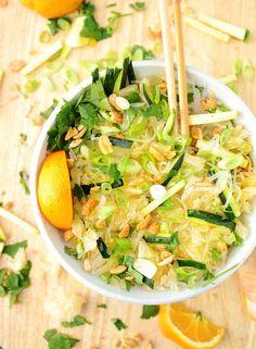 Pomelo oriental salad