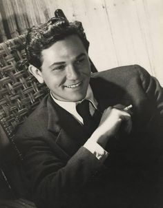 John Garfield c. Hollywood Men, Old Hollywood Stars, Hooray For Hollywood, Golden Age Of Hollywood, Vintage Hollywood, Classic Hollywood, Hollywood Glamour, Male Movie Stars, Classic Movie Stars