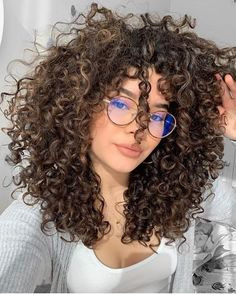Want to wake up with curls but can't decide between spiral perm vs regular perm? We're telling you everything you need to know about spiral perm hairstyles! Curly Hair Care, Curly Hair Styles, Natural Hair Styles, Girls With Curly Hair, Perms For Long Hair, Curly Light Brown Hair, Natural Curly Hair, Curly Wigs, Curly Perm