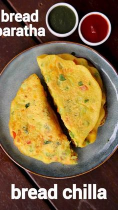 bread paratha recipe, bread chilla recipe, how to make bread parantha with step by step photo/video. interesting flat bread paratha with left over bread. Pakora Recipes, Paratha Recipes, Chaat Recipe, Recipe Recipe, Indian Dessert Recipes, Indian Snacks, Recipes With Bread Slices Indian, Leftover Bread Recipes, Healthy Indian Recipes