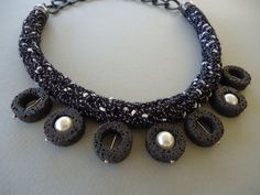 Short crochet necklace with pearl and by PopisBOUTIQUE on Etsy