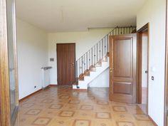 Serramazzoni, Appartamento Al Secondo Piano http://www.serramazzonese.it/property/6084-2/