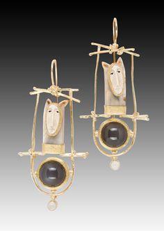 Carolyn Morrıs Bach  / Fox Earrings
