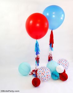 DIY 4th of July Party Photo Booth Balloon Tassels | Bird's Party