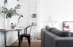 29 Amazing Scandinavian Interior Design Ideas To Beautify Your Living https://www.goodnewsarchitecture.com/2017/11/20/scandinavian-interior-design-ideas/