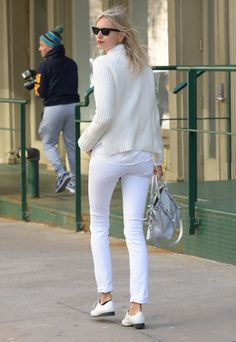 Pin for Later: The ABCs of Modeling: Always Be Catwalking Karolina Kurkova And if you didn't get Karolina Kurkova's photo from the front, she's happy to oblige with options.