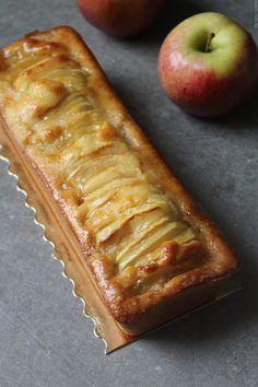 Moelleux aux pommes version cake avec sa croûte croustillante