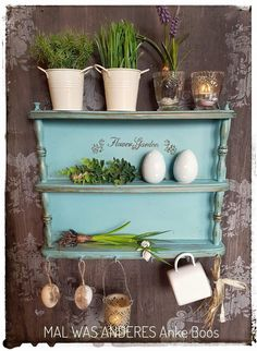 Kleines Frühlingsregal Im Shabby Chic   #Regal #küchenregal #cupboard  #nostalgie #küche