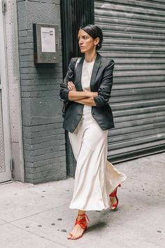 Best of New York Fashion Week: Street Style New York Fashion, Star Fashion, Look Fashion, Fashion Outfits, Fashion Tips, French Fashion Bloggers, Italian Style Fashion, Italian Women Style, Fashion Hacks