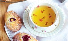 Madeleines com creme de limão: Rachel Khoo ensina a receita tradicional das madalenas francesas.