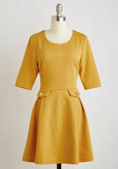 Scholar Make Me Holler Dress. It doesnt take a philosopher to determine you look darling in this knit dress, but it does take a gal with style smarts to sport it as well as you do! #yellow #modcloth