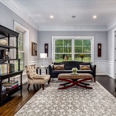 An entertainer's dream with an open layout, dark hardwood flooring, modern decor and plenty of natural light. Listed in Vienna, Virginia for $1.6M by The Casey Samson Team is a Wall Street Journal Top Team in Northern Virginia