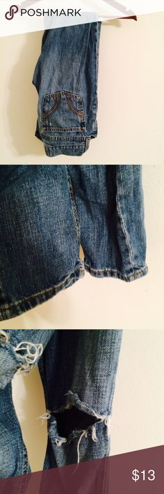 Hollister jeans Great condition. They are meant to be ripped at the knees. Same day shipping! Bundle discounts vary between items so just ask  Hollister Jeans